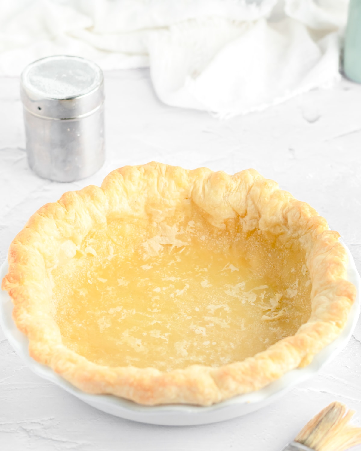 a baked pie crust